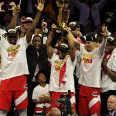 Basket – NBA – NBA: Golden State félicite Toronto en payant une page de pub dans un journal canadien