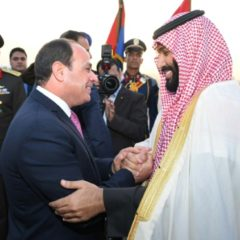 En Egypte, le prince héritier saoudien et Sissi parlent investissements