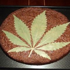 France : Un élève de 15 ans offre un gâteau au cannabis à ses camardes et prof