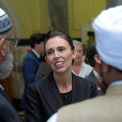 Nouvelle-Zélande: Jacinda Ardern refuse de prononcer le nom du tueur